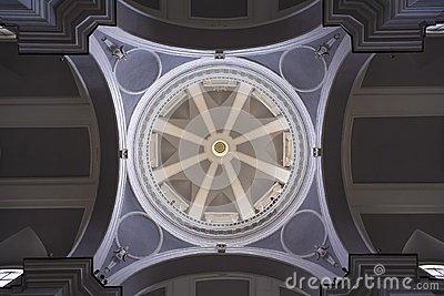 die-haube-von-unterhalb-111590573