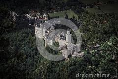 schloss-neuschwanstein-118352540