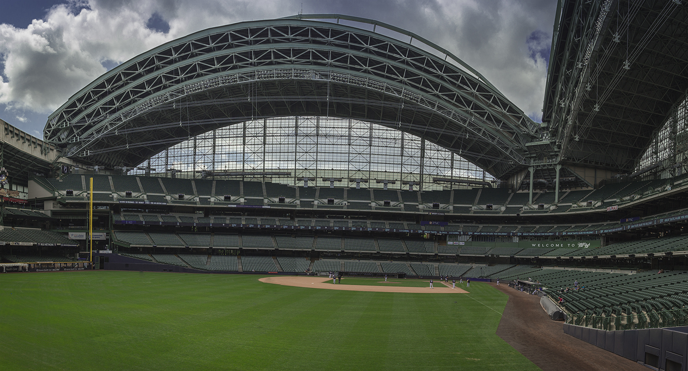 things to do in milwaukee, miller park, usa
